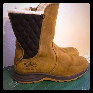 Woolrich waterproof winter boots size 8